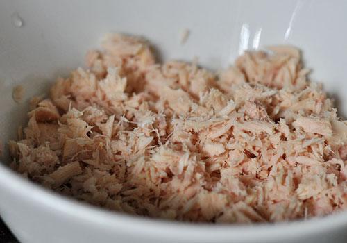 Рецепт салата из консервированного тунца