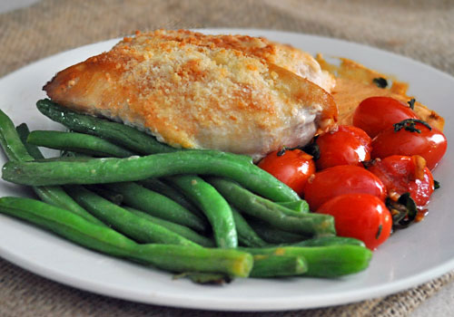 Green Beans with Tomatoes and Garlic