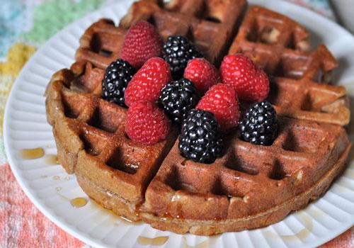 Полезный рецепт вафель без сахара / муки