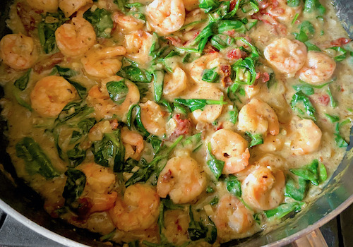 Paleo Spinach Shrimp with Sun Dried Tomatoes