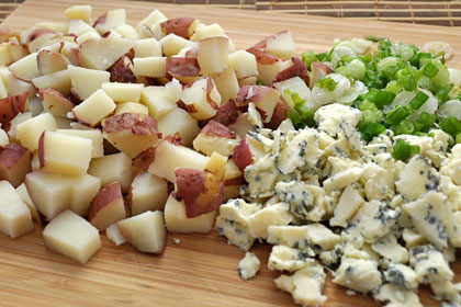 Baked Potato Gorgonzola Salad photo instruction 1