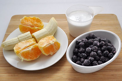 Черника, банан, апельсин, смузи, фото инструкция 1