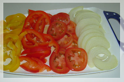 Chicken with bell peppers and tomatoes photo instruction 2