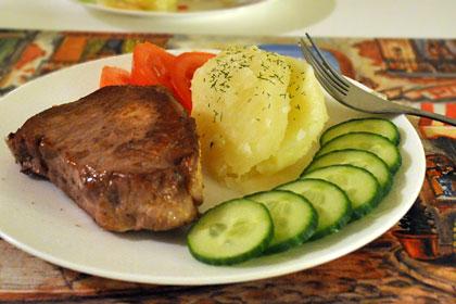pork chops red wine sauce