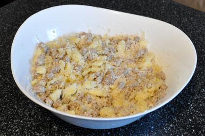 Свиные колбаски с начинкой из кабачков фото инструкция 3