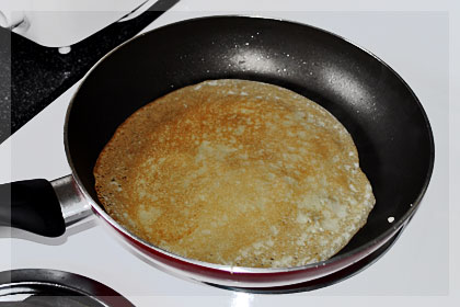 Russian Crepes (Bliny) photo instruction 4