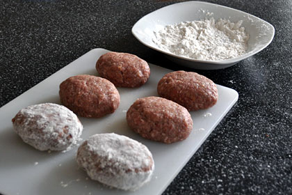 Russian Meat Patties (Kotlety) photo instruction 2