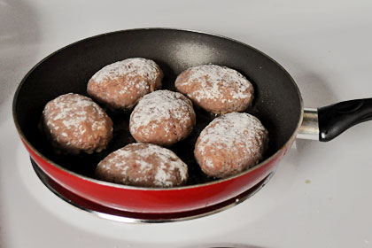 Russian Meat Patties (Kotlety) photo instruction 3