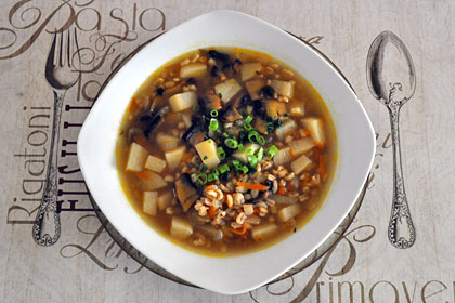Russian Mushroom and Barley Soup