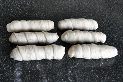 Sausage Rolls (Pigs in Blankets) photo instruction 5