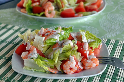 Shrimp Salad with Lettuce and Tomatoes